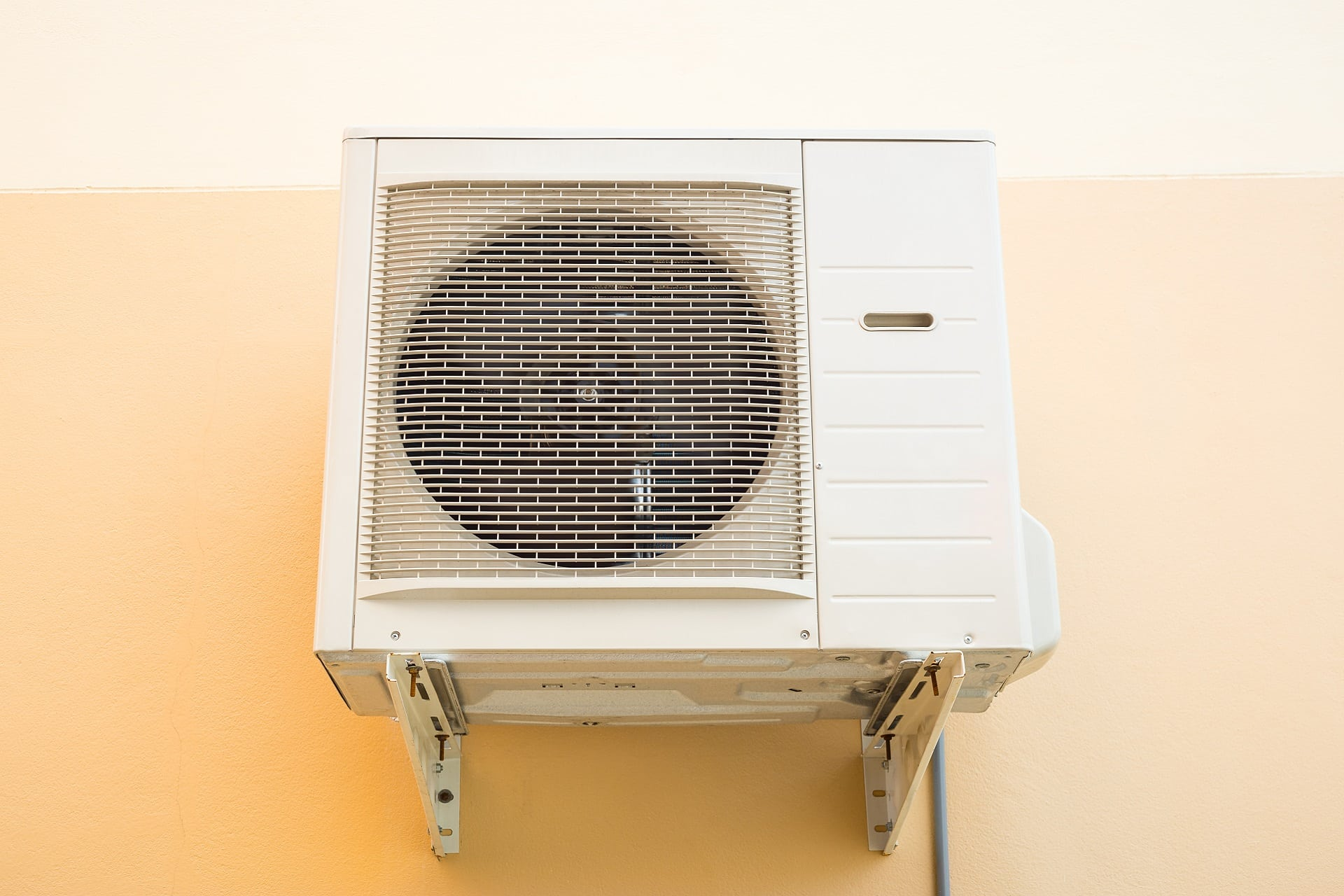 air conditioning units free from debris